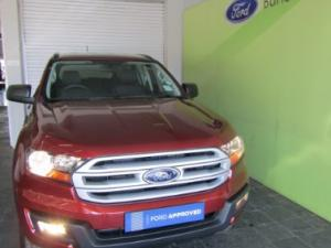 Ford Everest 2.2 TdciXLS 4X4 - Image 4
