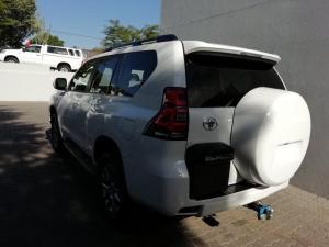 Toyota Prado VX 3.0D automatic - Image 5