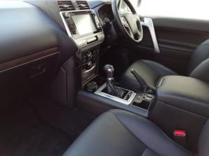 Toyota Prado VX 3.0D automatic - Image 8