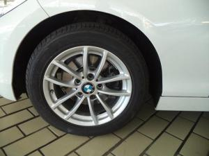 BMW 1 Series 120d 5-door auto - Image 5
