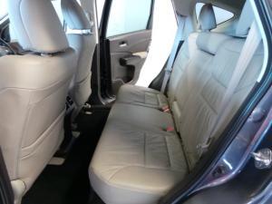 Honda CR-V 2.4 Executive AWD - Image 8