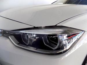 BMW 320D automatic - Image 14