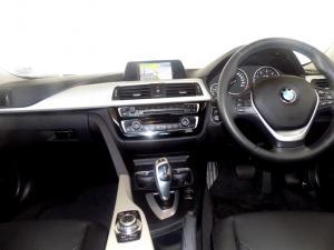 BMW 320D automatic - Image 20
