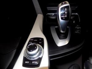 BMW 320D automatic - Image 23