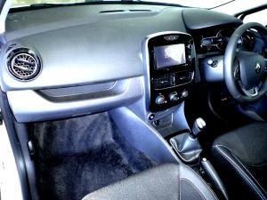 Renault Clio IV 900T Authentique 5-Door - Image 21