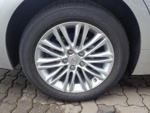 Lexus ES 250 - Image 17