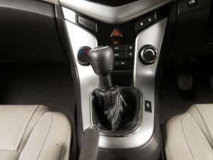 Chevrolet Cruze 2.0d LT - Image 9