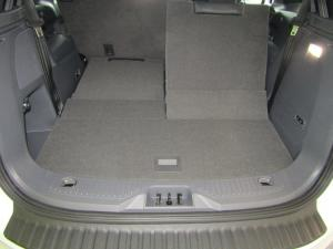 Ford Everest 3.2 Tdci LTD 4X4 automatic - Image 10
