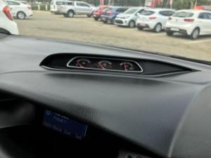 Ford Focus 2.0 Gtdi ST3 - Image 13