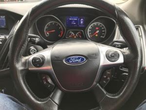 Ford Focus 2.0 Gtdi ST3 - Image 18