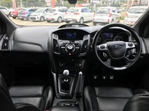 Ford Focus 2.0 Gtdi ST3 - Image 9