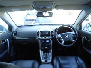 Chevrolet Captiva 3.0 LTZ 4X4 automatic - Image 6