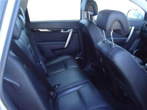 Chevrolet Captiva 3.0 LTZ 4X4 automatic - Image 8