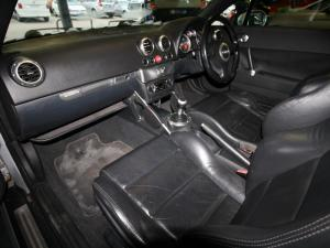 Audi TT Roadster 1.8T Quattro - Image 7