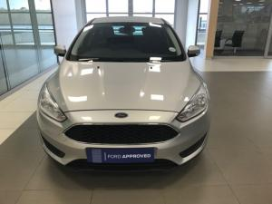 Ford Focus 1.0 Ecoboost Ambiente automatic 5-Door - Image 2