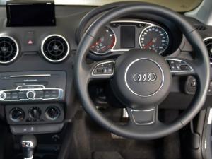 Audi A1 1.0T FSi S Stronic 3-Door - Image 7