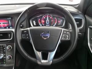 Volvo S60 D4 Momentum - Image 10