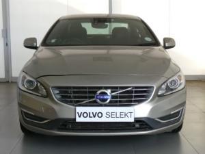 Volvo S60 D4 Momentum - Image 2