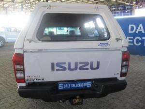 Isuzu KB 250D-Teq LE - Image 4