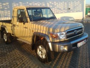 Toyota Land Cruiser 70 series Land Cruiser 79 4.2D pick-up - Image 1