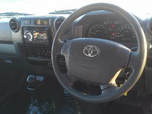 Toyota Land Cruiser 70 series Land Cruiser 79 4.2D pick-up - Image 5