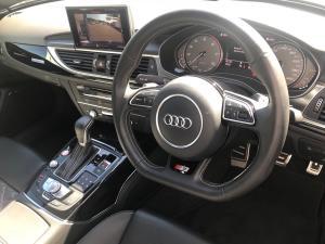 Audi S6 Quattro 4.0T FSI Stronic - Image 11
