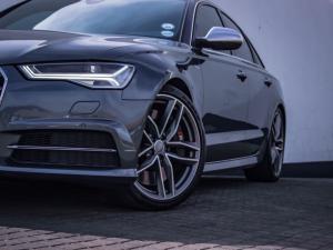 Audi S6 Quattro 4.0T FSI Stronic - Image 12
