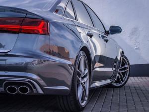 Audi S6 Quattro 4.0T FSI Stronic - Image 15