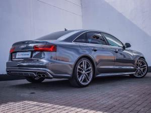 Audi S6 Quattro 4.0T FSI Stronic - Image 4