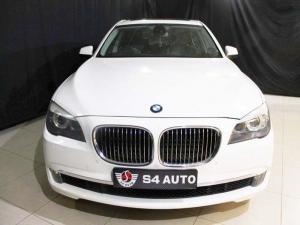BMW 750i - Image 4