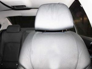 BMW 750i - Image 7