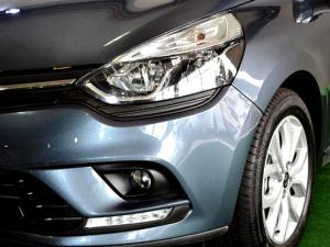 Renault Clio IV 1.2T Expression EDC 5-Door - Image 19