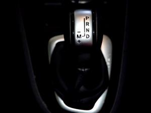 Renault Clio IV 1.2T Expression EDC 5-Door - Image 27