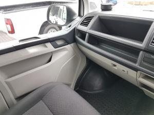 Volkswagen T6 Kombi 2.0 TDi DSG 103kw - Image 10