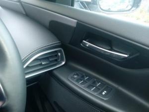 Jaguar XE 20d R-Sport - Image 10