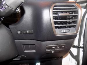 Lexus NX 2.0T F-SPORT/300 F-SPORT - Image 13