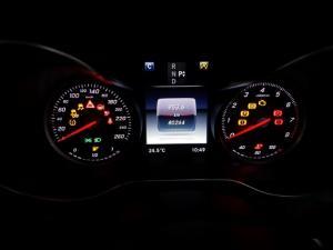 Mercedes-Benz C-Class C200 auto - Image 13