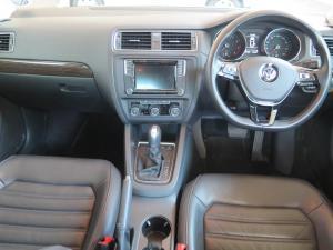 Volkswagen Jetta GP 1.4 TSI Comfortline DSG - Image 11