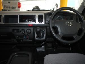 Toyota Quantum 2.5 D-4D 10 Seat - Image 21