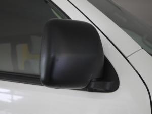 Toyota Quantum 2.5 D-4D 10 Seat - Image 25