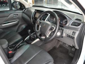 Mitsubishi Triton 2.4DI-D double cab - Image 3