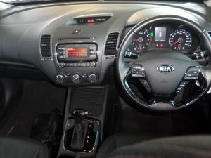 Kia Cerato 2.0 EX automatic - Image 11