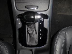 Kia Cerato 2.0 EX automatic - Image 12