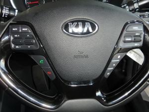 Kia Cerato 2.0 EX automatic - Image 15