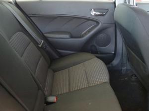 Kia Cerato 2.0 EX automatic - Image 25
