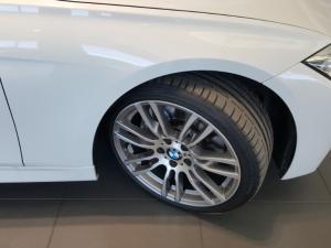 BMW 335i automatic - Image 6
