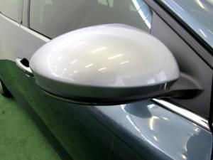 Renault Megane IV 1.2T GT-LINE EDC 5-Door - Image 11