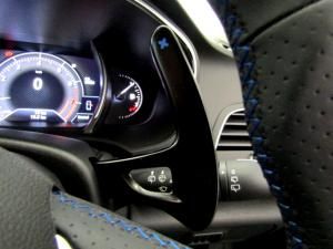 Renault Megane IV 1.2T GT-LINE EDC 5-Door - Image 33