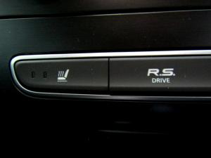 Renault Megane IV 1.2T GT-LINE EDC 5-Door - Image 40