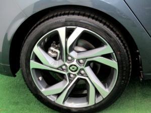 Renault Megane IV 1.2T GT-LINE EDC 5-Door - Image 6
